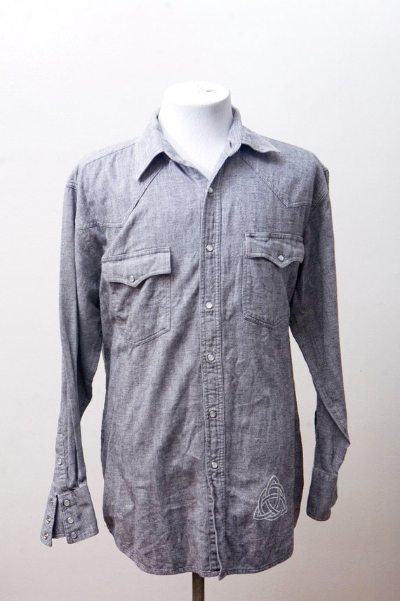Men's Shirt / Vintage Chambray Western Shirt / Upcycled with Screen Printed Celtic Knot / Size Large