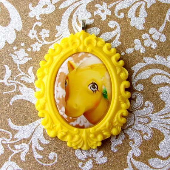 My Little Pony Cameo Necklace in Yellow