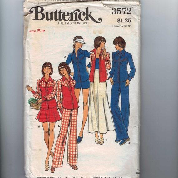 1970s Vintage Sewing Pattern Butterick 3572 Junior Petite Western Button Down Shirt Pants Shorts Skirt Size 5jp Bust 31  UNCUT 70s