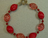 Vintage Red Coral Oval Twist Lucite 1950s Bead Bracelet ,Vintage Japanese Red Glass