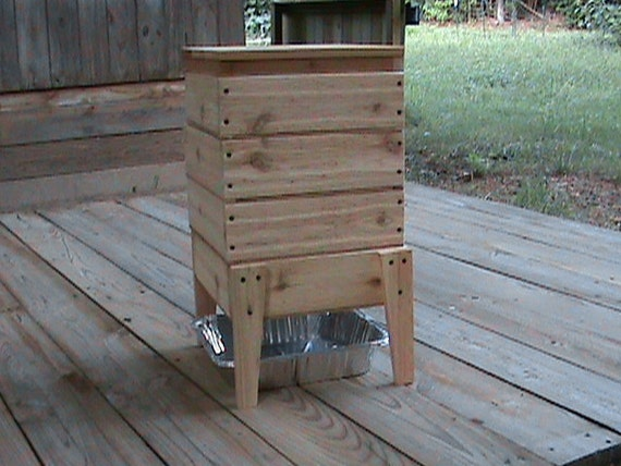 build wood worm bin