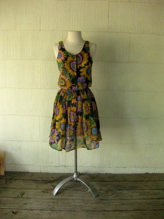 VINTAGE sunflower mini dress sheerish fall