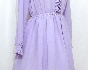 Vintage 70s Lavender Ruffle Front Dress or Gown. American Gothic Prom in Lilac. Medium Size. Mother of the Bride