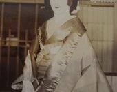 GORGEOUS Vintage Japanese Geisha Maiko Kabuki Photo