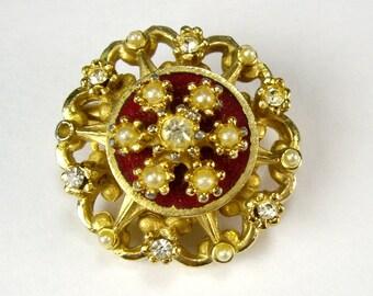 Free Shipping, CORO Rhinestone Pearl Brooch, Goldtone, Scarf Pin, Jacket Pin, Lapel Pin, Women's Costume Jewelry, Jewelry Making Supplies