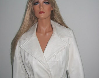 Vintage 60's 70's White leather Trench Coat.  Belted wrap style classic.  Fully lined in black. High Fashion Chic.