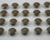 100 pcs Antique Brass Vintage Flowers Rivet Studs Leather Craft Decor Fashion 10 mm.