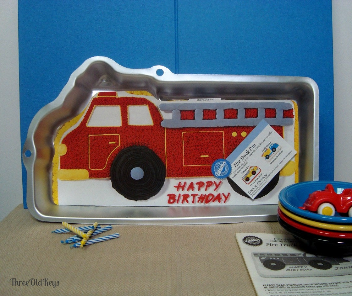 Fire Truck Cake Pan Engine With Wilton Insert 2105 2061