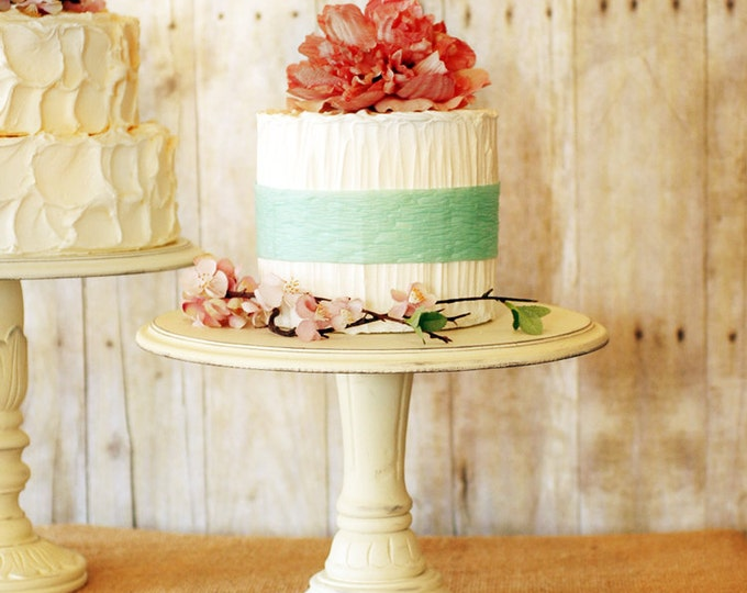 One Rustic Pedestal Cake Stand