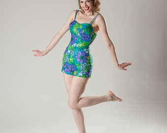 Vintage 1960s Swimsuit Pin Up Playsuit - Sydney Hawaiian - Summer Fashions