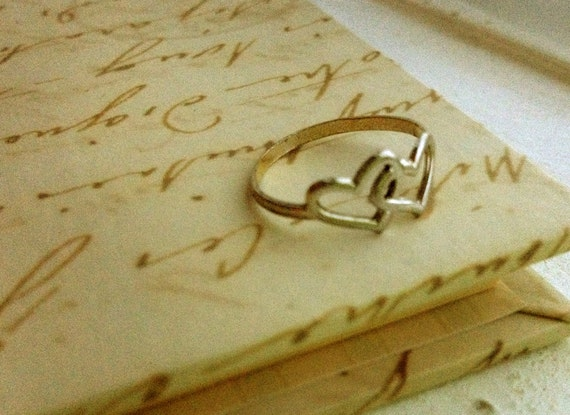 HOLD FOR CLoSEtAsH Double Heart Vintage Ring 14K GE Size 7 / Love