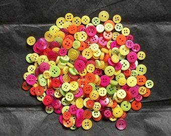 100 Button Smalls, Fiesta, Bright Tropic Lime Green, Orange, Yellow, Pink, Sewing, Grab Bag, Crafting,  Jewelry,   Collect (b1338-)