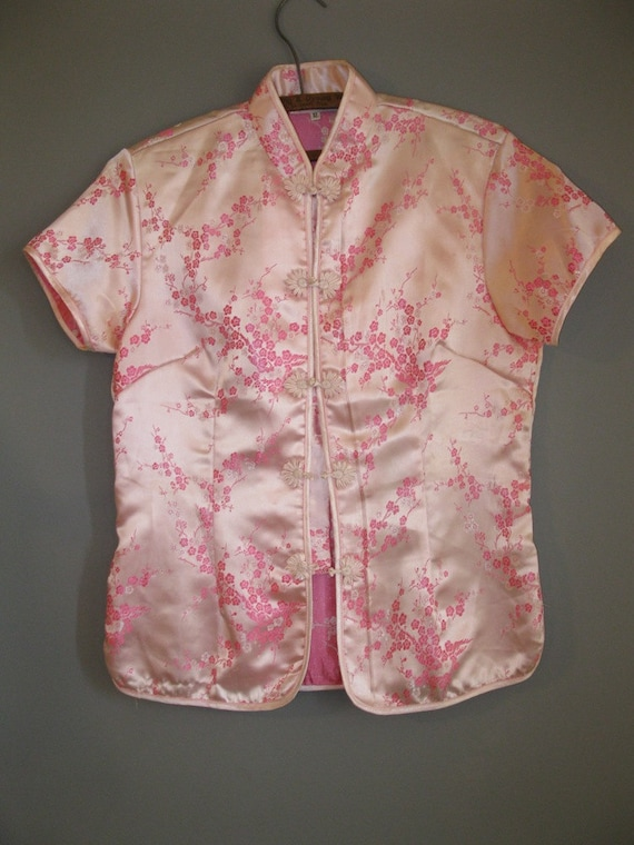 Shiny PINK oriental top grew HOT pink cherry blossoms all over it