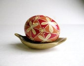Red and Green Pysanka, Ukrainian Easter egg, batik decorated chicken egg