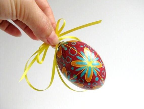 red Floral Pysanka Ukrainian Easter decorated chicken egg shell, batik