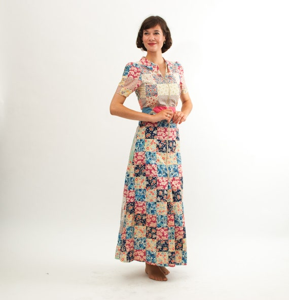 Vintage 1940s Dress - 40s Dressing Gown - Floral Patchwork