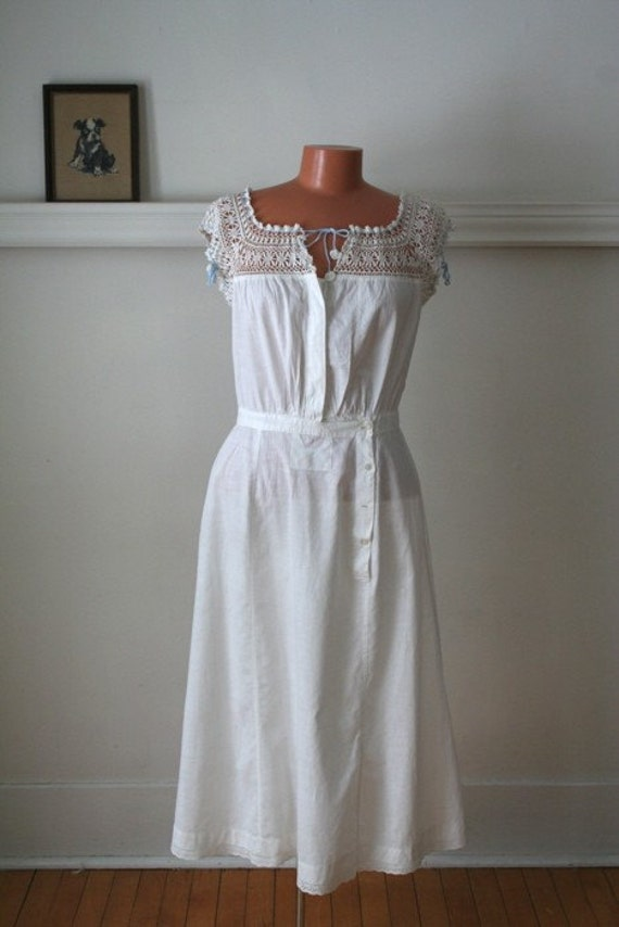 RESERVED // 50% off this week only...vintage 1900s dress - EDWARDIAN crochet antique under dress / S