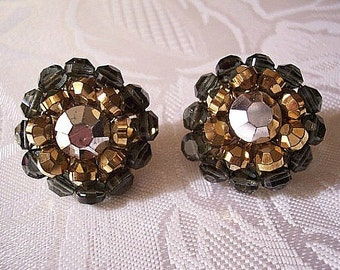 Black Mirror Cluster Bead Clip On Earrings Gold Tone Vintage Vendome Round Reflective Faceted Center Decorative Disc Back
