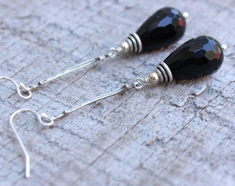 Black OnyxTeardrop and Sterling Silver Earring