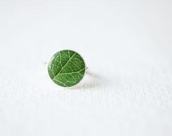Green Leaf Clay Ring