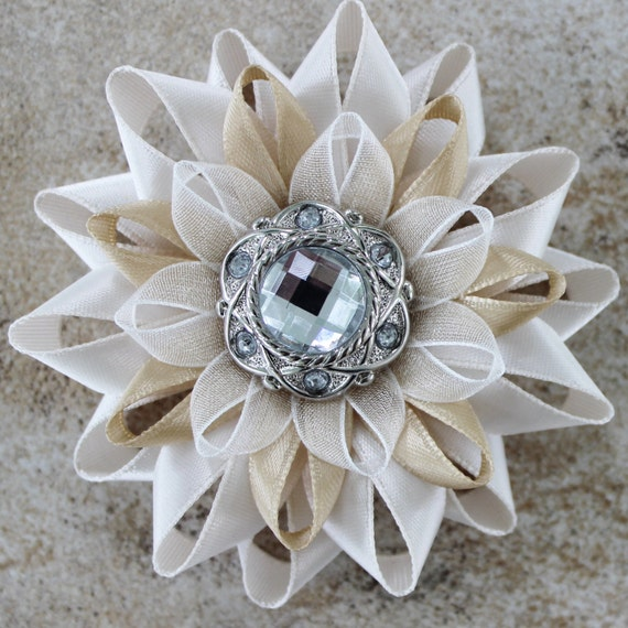 how to make a pin on corsage with fake flowers