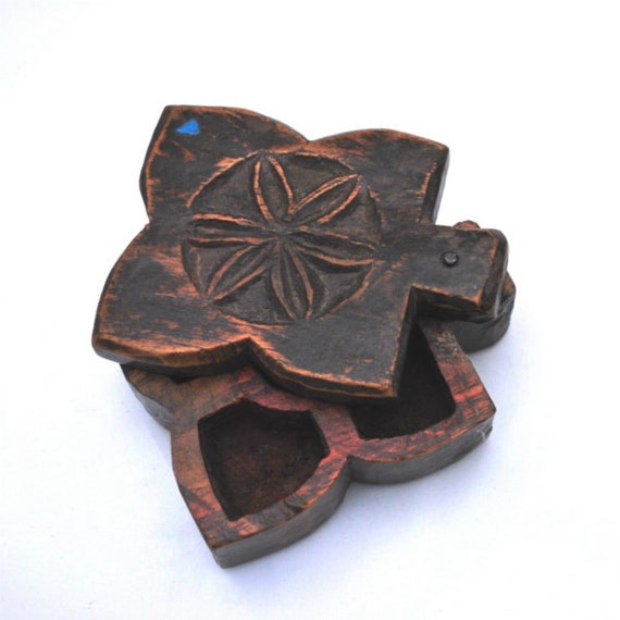 Antique Wood Blessing Box Nepal Butterfly Shape Hand Carved Trinket Makeup Bead Storage