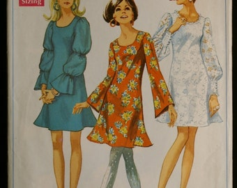 Simplicity 7983 Misses Mod Dress with Trumpet Silhouette Vintage 60s Sewing Pattern Sz 12
