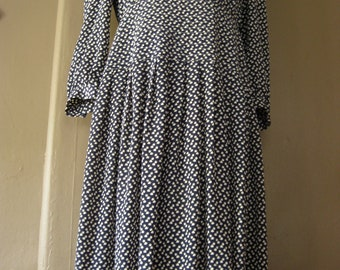 """navy and white abstract print """""""" 1970s midi dress """""""" ON SALE"""