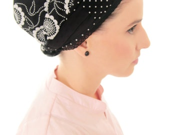 Black modest Apron tichel headcover with flowers and dots