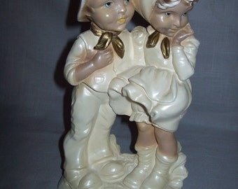 Figurine Statue Looks Like Chalk Material Boy And Girl 1950-1960