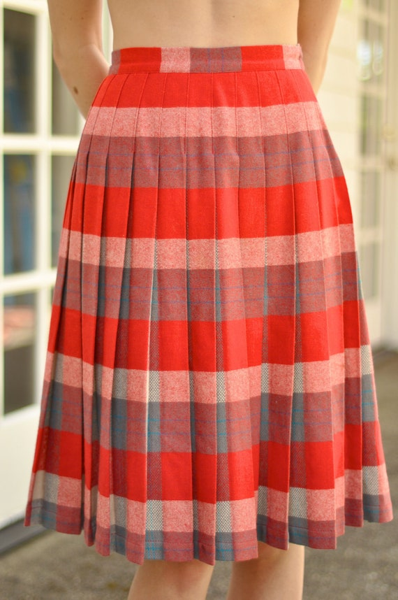 50s Reversible Red/Grey Plaid Pleated Wool Skirt (Size: Small)