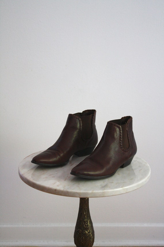 RESERVED for Jewette - Leather Boots PIXIE - Chocolate Brown Shoes Booties Brazilian - Women's 7.5 - 8 - 1970s - VINTAGE