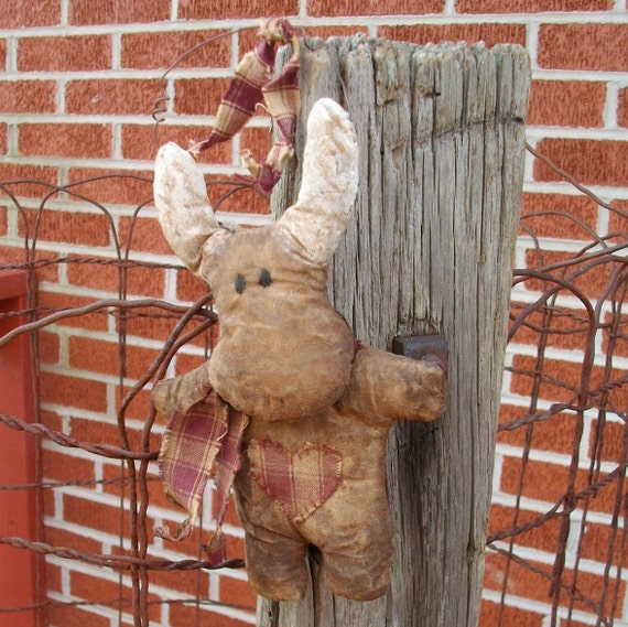 Primitive Moose Doll Ornament - Homespun Scarf and Heart