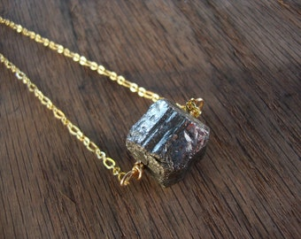 Raw pyrite fools gold necklace