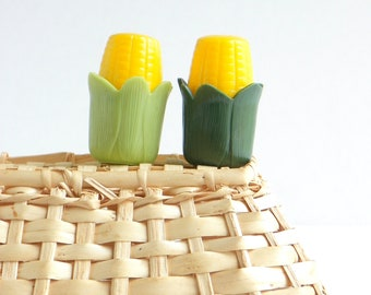 Vintage Corn on the Cob Picnic Set