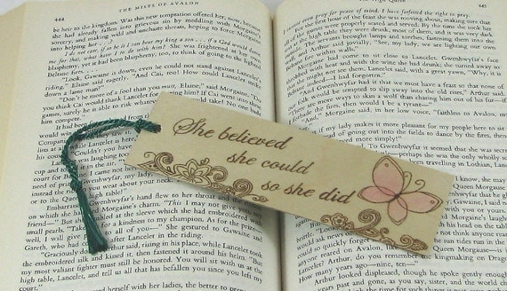 Wooden bookmark - Hand Pyrography - Inspirational quote