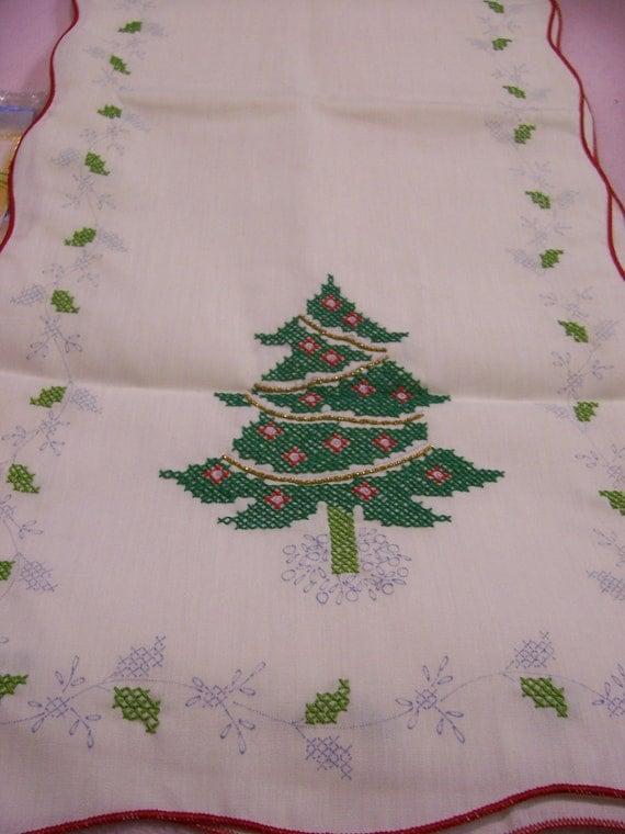 Vintage Christmas Runner KIT to Cross Stitch Christmas Tree Paragon Needlecraft Kit Needs Finishing
