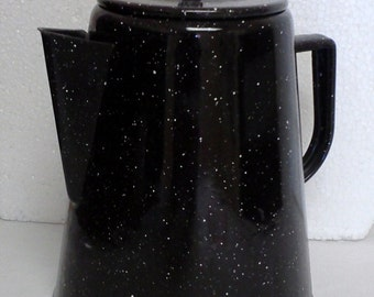 Vintage Enamelware Coffe/Tea Pot Boiler Graniteware