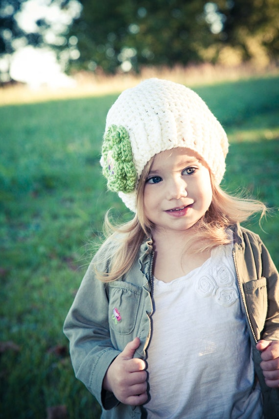 SALE: Crochet Cream Slouchy with Green Flower and Modern Button, Child (Small)