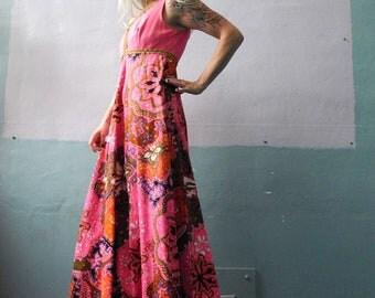 Vtg 60s Neon Pink Maxi Dress / Sleeveless / Psychedelic Swirls