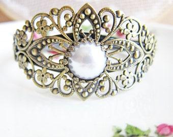 Pearl Bracelet Vintage Style Bridal Jewelry Antique Brass Filigree Pearl Bangle Cuff Gothic Bracelet Fantasy Goth Pewter Steampunk Victorian