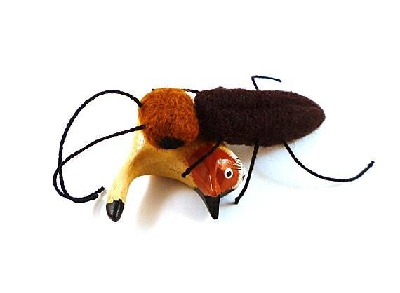 Cockroach Wool Catnip Cat Toy