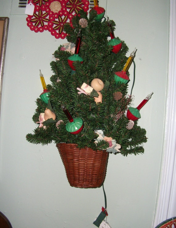 Vintage Bubble Light Christmas Tree Wall Mount Holiday Basket
