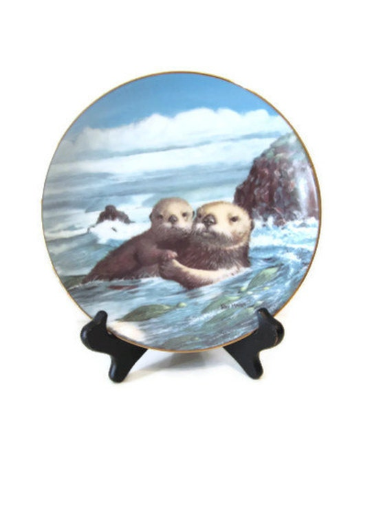 "Vintage Collectors Plate ""Heart to Heart"" Wonders of the Sea Collection 1991 Sea Otters"
