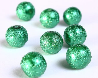 8 Green pearlized glass beads 10mm dyed round glass bead 8pcs (810) - Flat rate shipping