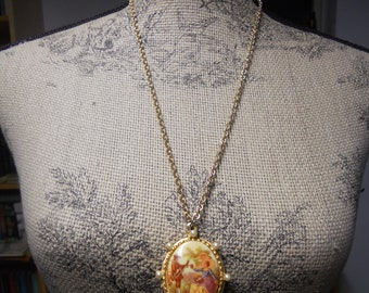 Vintage Locket Necklace Sarah Coventry Courting Couple Courtship Valentines Gift for Her Marie Antoinette