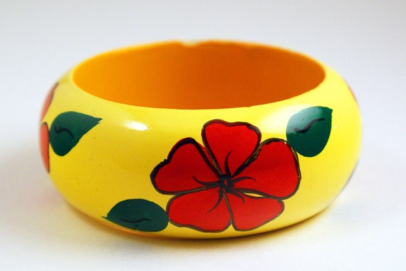 Bangle - Large Wood Yellow Painted 70s Bracelet Bright Floral