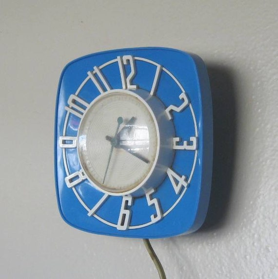Vintage blue kitchen clock blue vintage by for Blue kitchen wall clocks