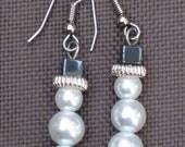 Snowman Earrings-Christmas earrings-Frosty the Snowman-Holiday Earrings-Stocking Stuffers-Snowman Holiday earrings