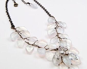 White Vintage Style Bib Necklace, White Leaf Necklace, White Beaded Necklace, White Bridal Necklace, Woodland Wedding Accessories, CPJ N220